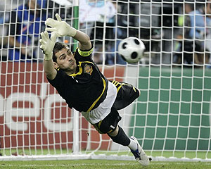 casillas_penalti_220608_es.jpg
