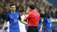 laurent-koscielny-arbitrage-video