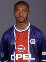 Un ancien joueur du PSG accusé d'esclavage Thumb-okpara