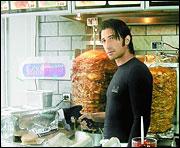 Murat vend des kebabs